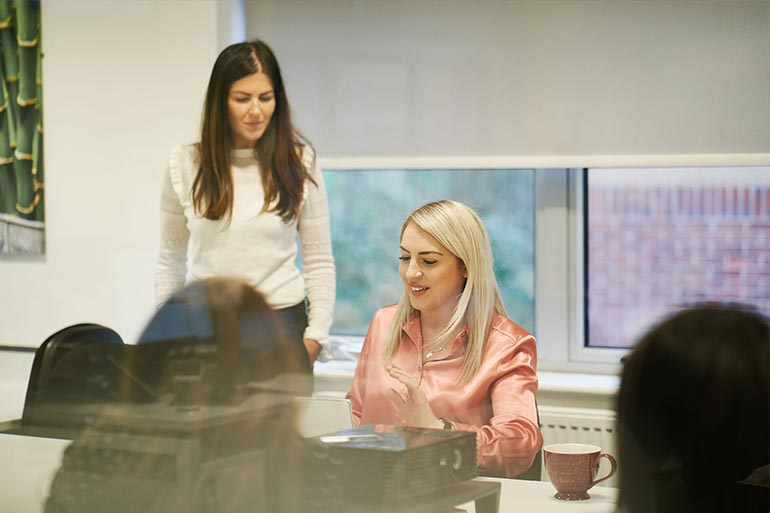 Five Key Tips for Organising a Successful Workplace Mentoring Scheme